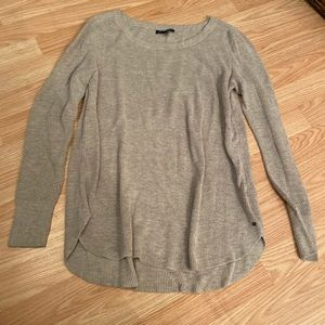 Thin knit AE Sweater. Perfect for layering